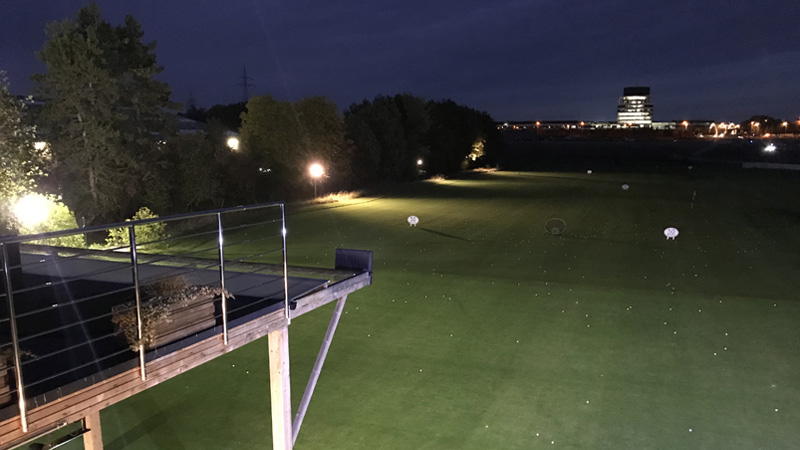 Lux Golf Center Nocturne